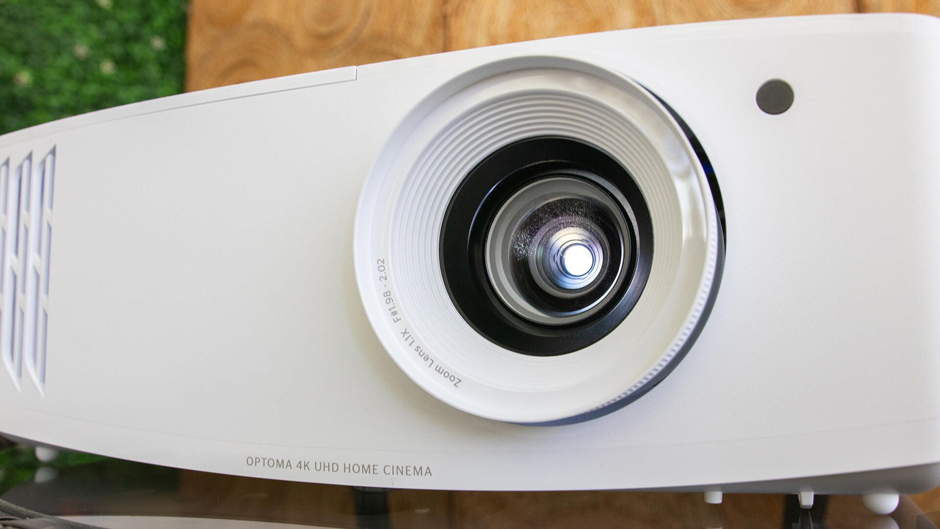 optoma-uhd35-2-of-9